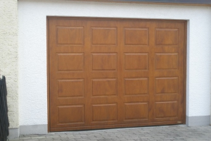 drevene-vyklopne-garazove-brany03