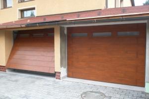 drevene-vyklopne-garazove-brany05