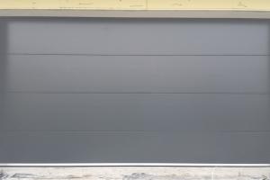 sekcne-garazove-brany09